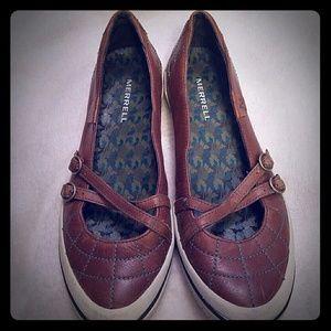 Merrel flat shoes size 9.5